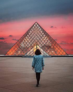 Louvre by Chris Thodd
