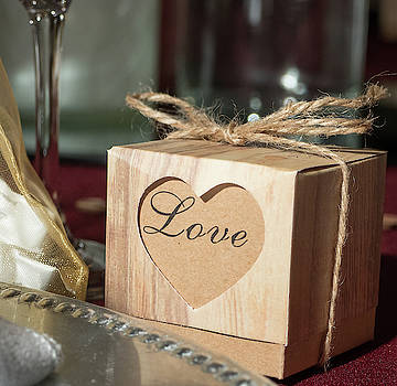 Love Favor Box by Laurel Powell