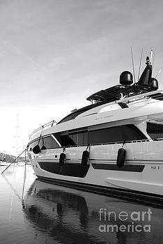 Luxury Riva Yacht by Tom Vandenhende