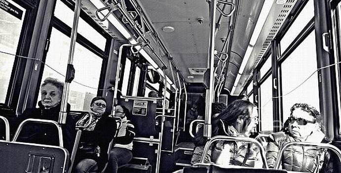 M4 Bus NYC 1    by Sarah Loft