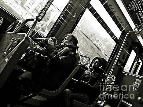 M4 Bus NYC 4 bw by Sarah Loft