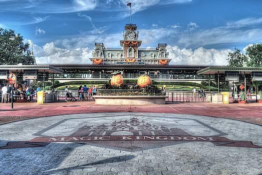 Magic Kingdom by Randy Dyer