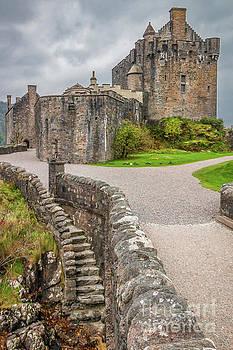 Magnificent Eilean Donan Castle by Elizabeth Dow
