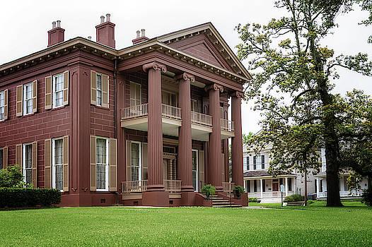 Magnolia Hall - Natchez, Mississippi by Susan Rissi Tregoning
