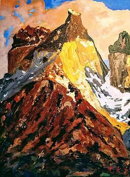 Majestic mountain by Ray Khalife