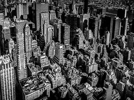 Manhattan Rooftop View by Nicklas Gustafsson