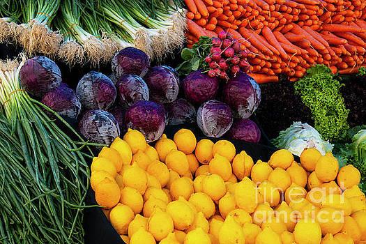 Bob Phillips - Market Day in Alibeykoy One