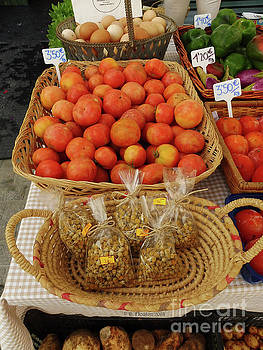 Dee Flouton - Market Migjorn