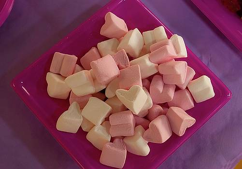 Marshmallows in a pink dish by Andrea Toxiri