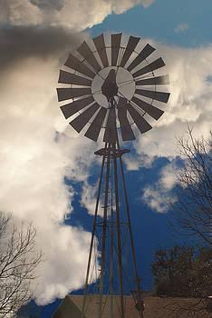 McGregor Windmill by Warren Gale