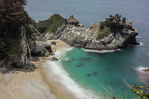 Julieta Belmont - McWay waterfall, Big Sur, California
