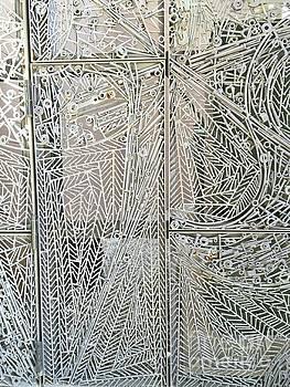 Flavia Westerwelle - Metal Gate