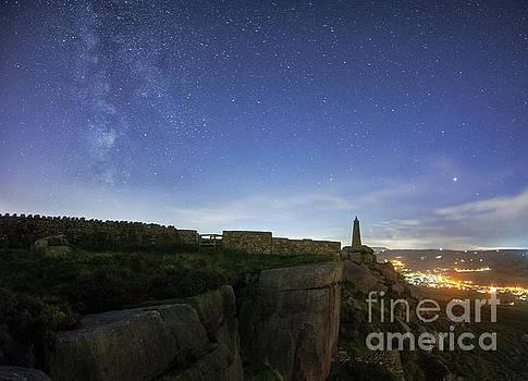 Mariusz Talarek - Milky Way above Earl Crag