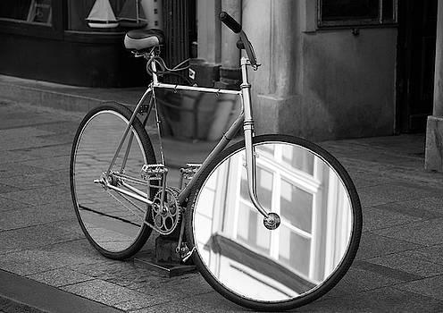 Ramunas Bruzas - Mirrorbike