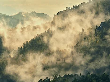 Misty mountains by Marek Ondracek