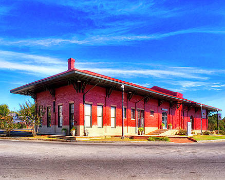 Mark E Tisdale - Montezuma Train Depot - Vintage Americana