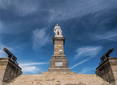 Monument in North Shields by Sergey Simanovsky