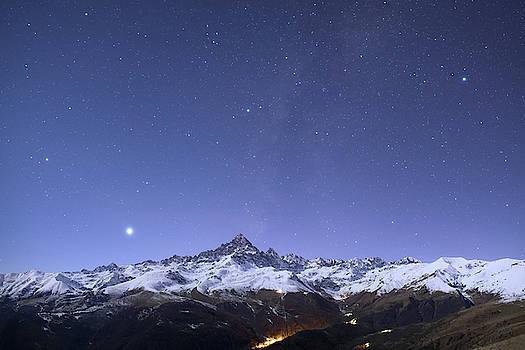 Monviso al chiaro di Luna by Emanuele Balboni