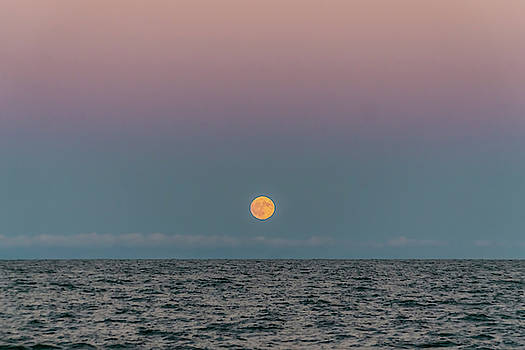 Moon rise on Lake Michgan by Sven Brogren