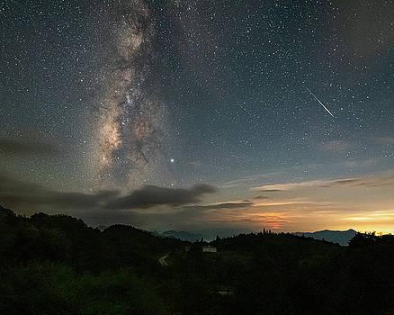 Moonset Milky way and Shooting Star by William Dickman