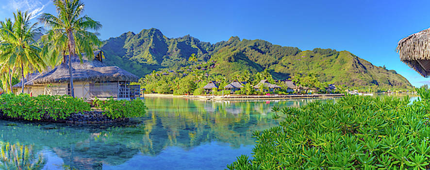 Mo'orea French Polynesia by Scott McGuire