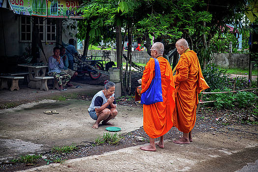 Morning Alms 0531 by Lee Craker