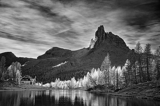 Jon Glaser - Morning Light in the Dolomites