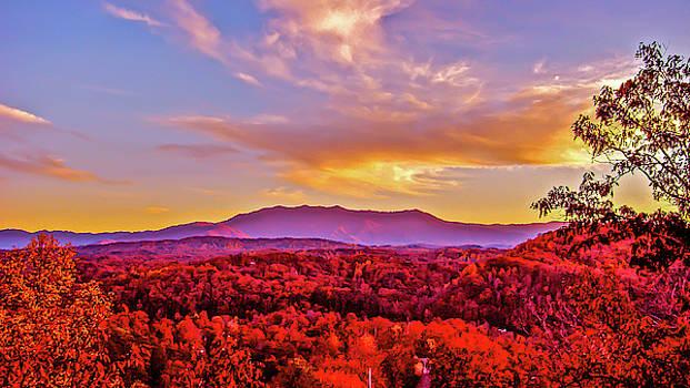 Mount LeConte by Ryan Tarrow