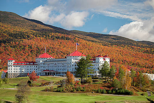 Cliff Wassmann - Mount Washington Resort in Fall