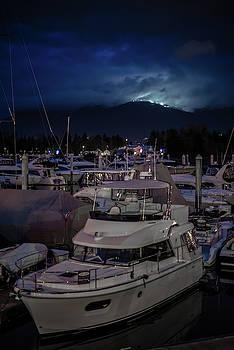 Ross G Strachan - Mountain Lights