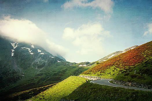 Mountain Morning  by Dirk Wuestenhagen