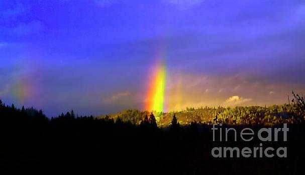 Mountain rainbow PR_008 by Howard Stapleton