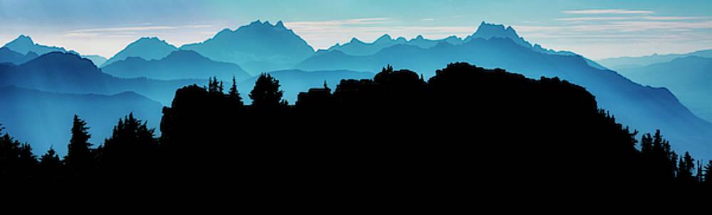 Pelo Blanco Photo - Mountain Ridge Silhouette