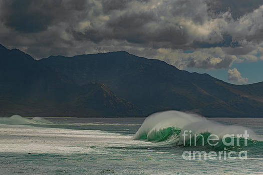 Asia Visions Photography - Mountains and Surf V2