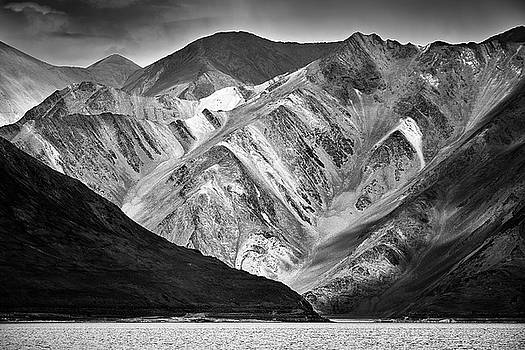 Mountains at Pangong by Whitney Goodey