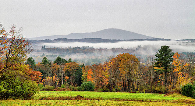Mt. Kearsage Foggy View by Betty Pauwels