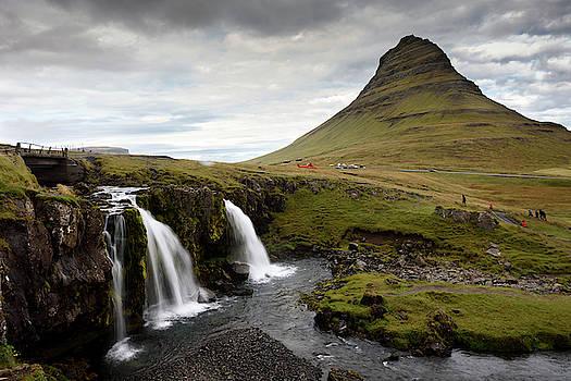 RicardMN Photography - Mt Kirkjufell and Kirkjufellsfoss in Grundarfjordur