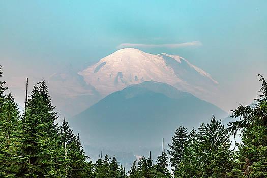 Mt Ranier by Bill Gallagher