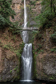 Multnomah Falls by Bill Gallagher
