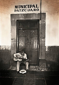 Musico Soltero  by Bruce Herman