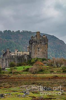 Mysterious Eilean Donan Castle by Elizabeth Dow