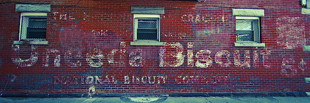Nabisco Ghost Sign by Diane Schuler