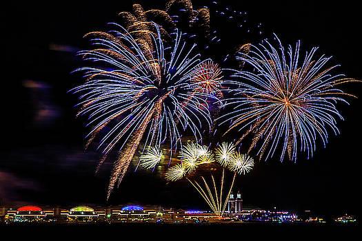 Navy Pier Fireworks by Andrew Soundarajan