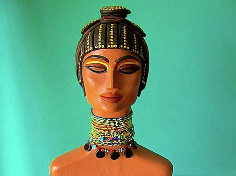 Nefertari II by Ica Pavon
