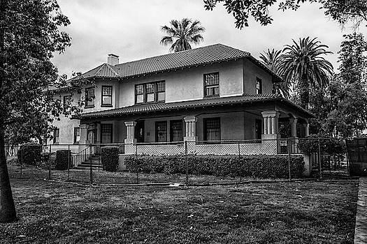 Neff House by Robert Hebert