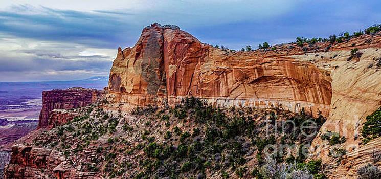 Neighboring Mesa Arch by Bob Lentz