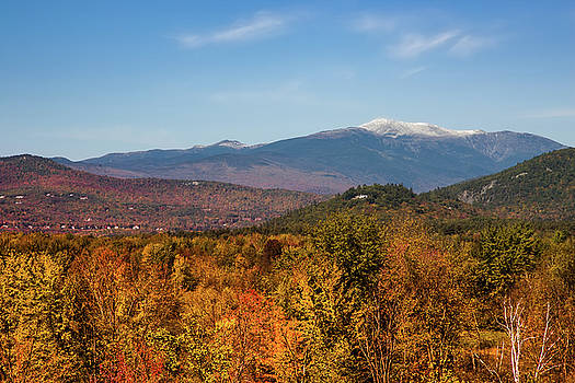 New Hampshire fall foliage in Mt Washington Valley by Jeff Folger