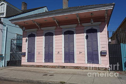 Susan Carella - New Orleans Style - The French Quarter Home