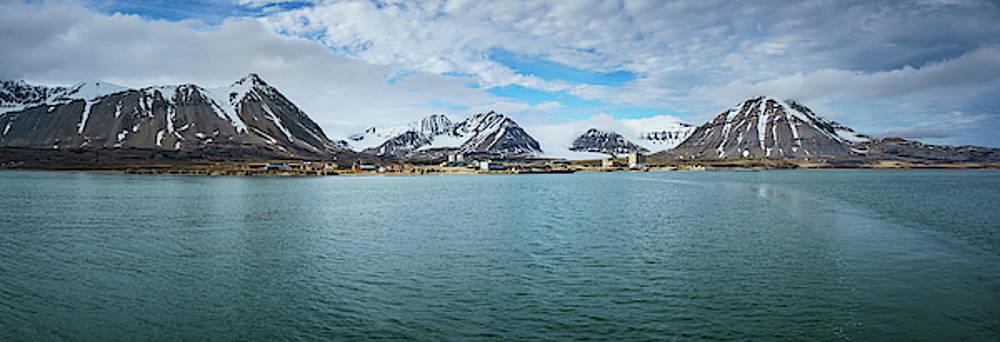 Ny Alesund by Kai Mueller