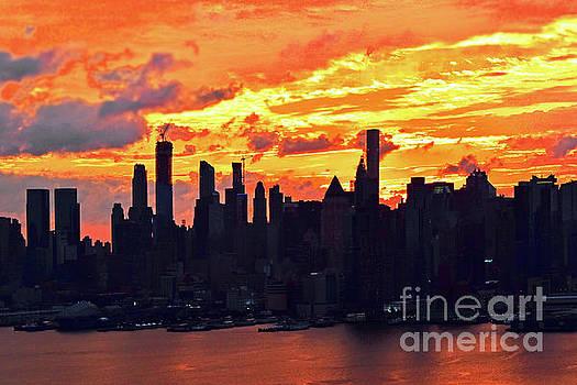 Regina Geoghan - NYC Sunrise in Orange and Gold